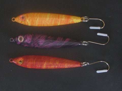 A jackpot winning jig for rockcod and lingcod, 8 oz., 3 colors
